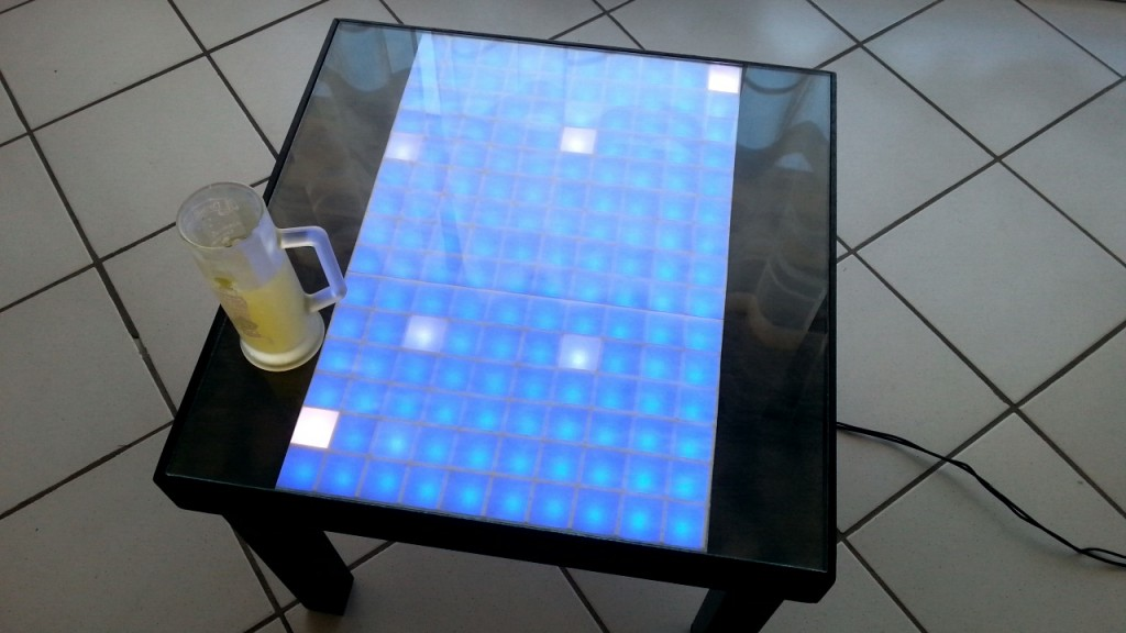 La table - Crédit Yoan Mollard